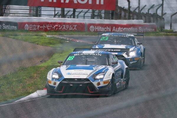 鈴鹿サーキットで開催されたレースの写真